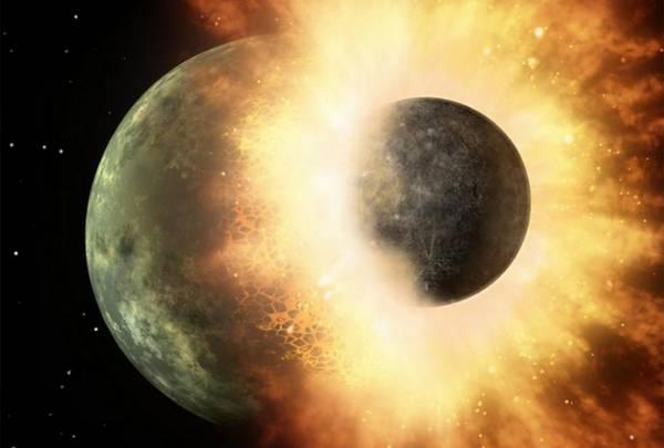 La luna nata dalla Terra