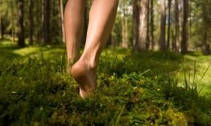 barefoot_walking-300x179